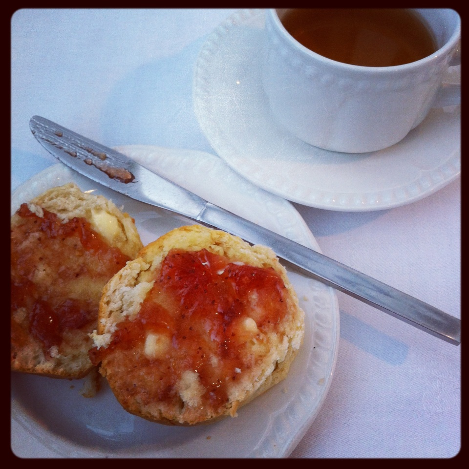 Road trip: scones at Inverary